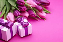 С праздником весны, днем 8го марта, дорогие дамы!